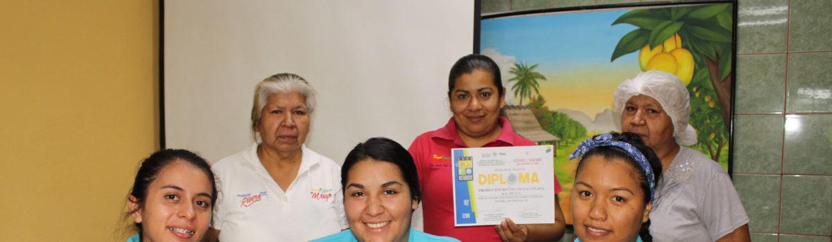 """Alumnas UTESC, participan en """"Expo Orgánica"""""""