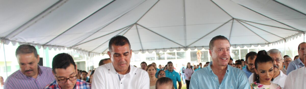 Inaugura Gobernador del Estado Instalaciones de Universidad Tecnológica de Escuinapa.