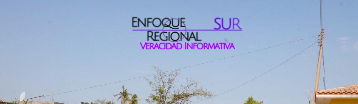 REPORTAN POSTE DE ENERGÍA ELÉCTRICA EN RIESGO DE CAER.