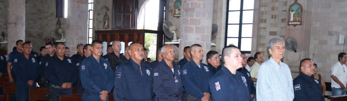 Conmemoran el Día del Policía.