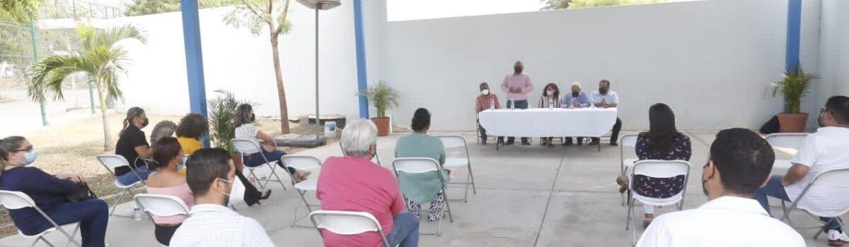 MUNICIPIO Y SEP ANALIZAN FUNCIONAMIENTO DE CENTROS COMUNITARIOS DE APRENDIZAJE