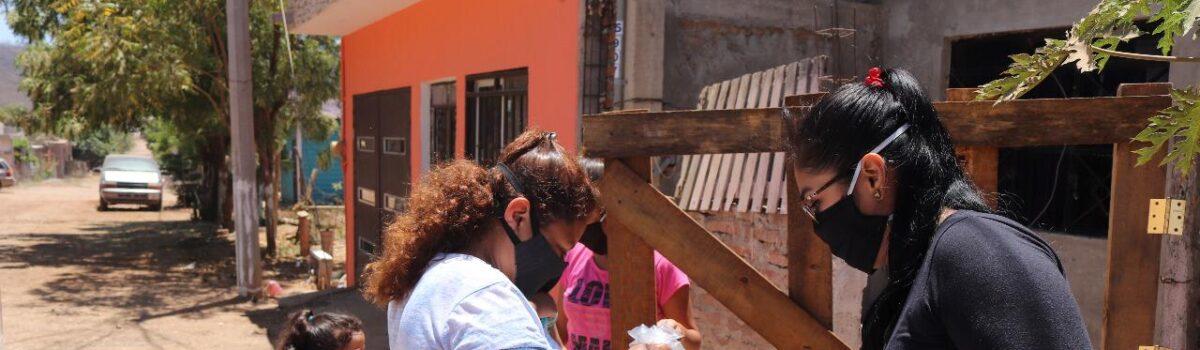 ENTREGA ACUARIO MAZATLÁN DESPENSAS A FAMILIAS VULNERABLES