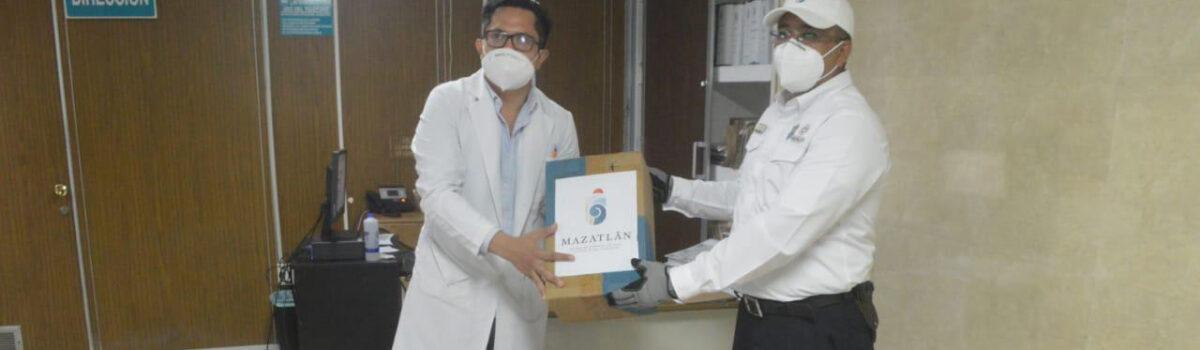 GOBIERNO MUNICIPAL DONA 100 OVEROLES Y 500 CUBREBOCAS MÁS AL HOSPITAL DE ZONA #3 DEL IMSS